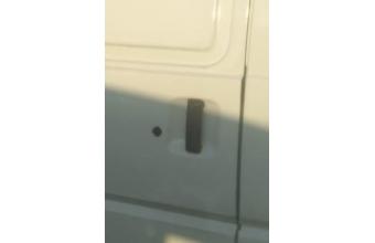 1996 model mitsubishi l300 çıkma sağ sürgü kapı kolu