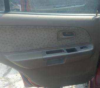2004 model kia rio comfort 1.5 hb sökme sol arka kapı döşemesi.
