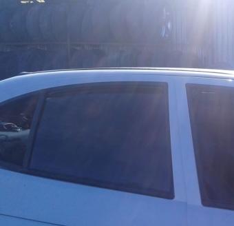 renault megane 1 çıkma sağ arka kapı camı