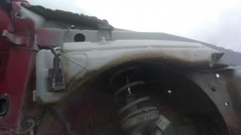 renault megane 1 çıkma silecek su deposu motorlu