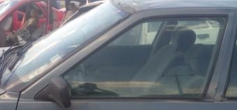 renault r21 optima 1.6 çıkma sol ön kapı camı.