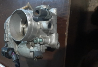 volkswagen jetta 2.0 çıkma gaz kelebeği oem 06a133062d
